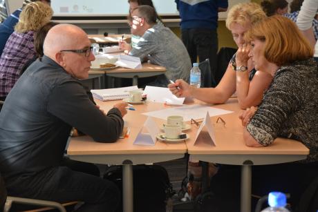 Teachers in the TPD course develop a SSIBL scenario